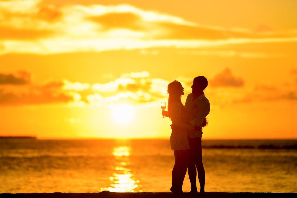 8 cosas con las que fantasearás con tu enamorado romántico
