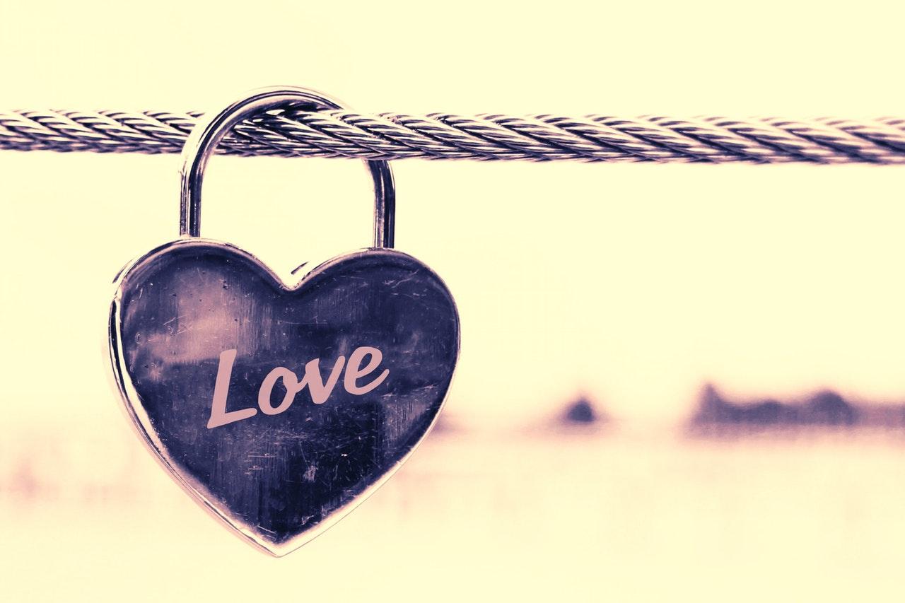 30 citas cortas de amor para pegar firmemente a la pareja LDR